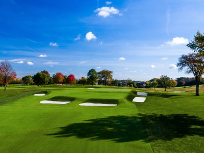 The 17th green at Meadowbrook Country Club has a Biarritz-style green. (Brian Walters Photography)