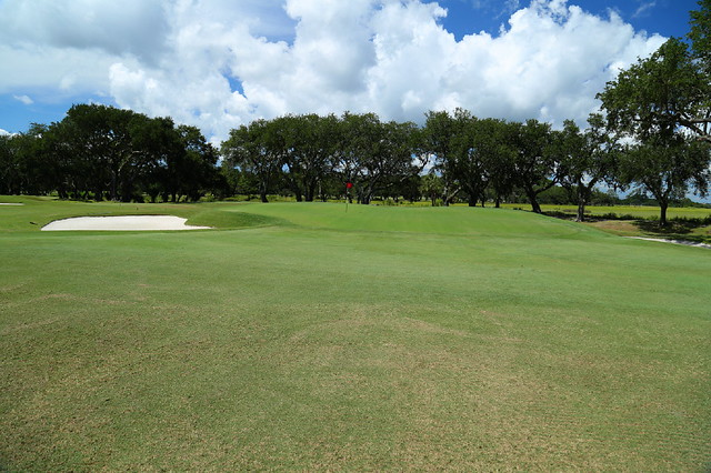 The seventh hole at Country Club of Charleston has a Maiden green, two tiers at the back of the putting surface.