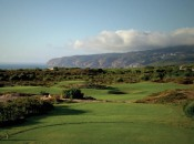 Oitavos Dunes has many properties of Great Britains' great links courses – with far nicer weather.