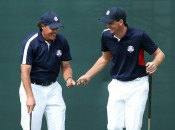 Mickelson rides hot putter to a share of the lead at Crooked Stick