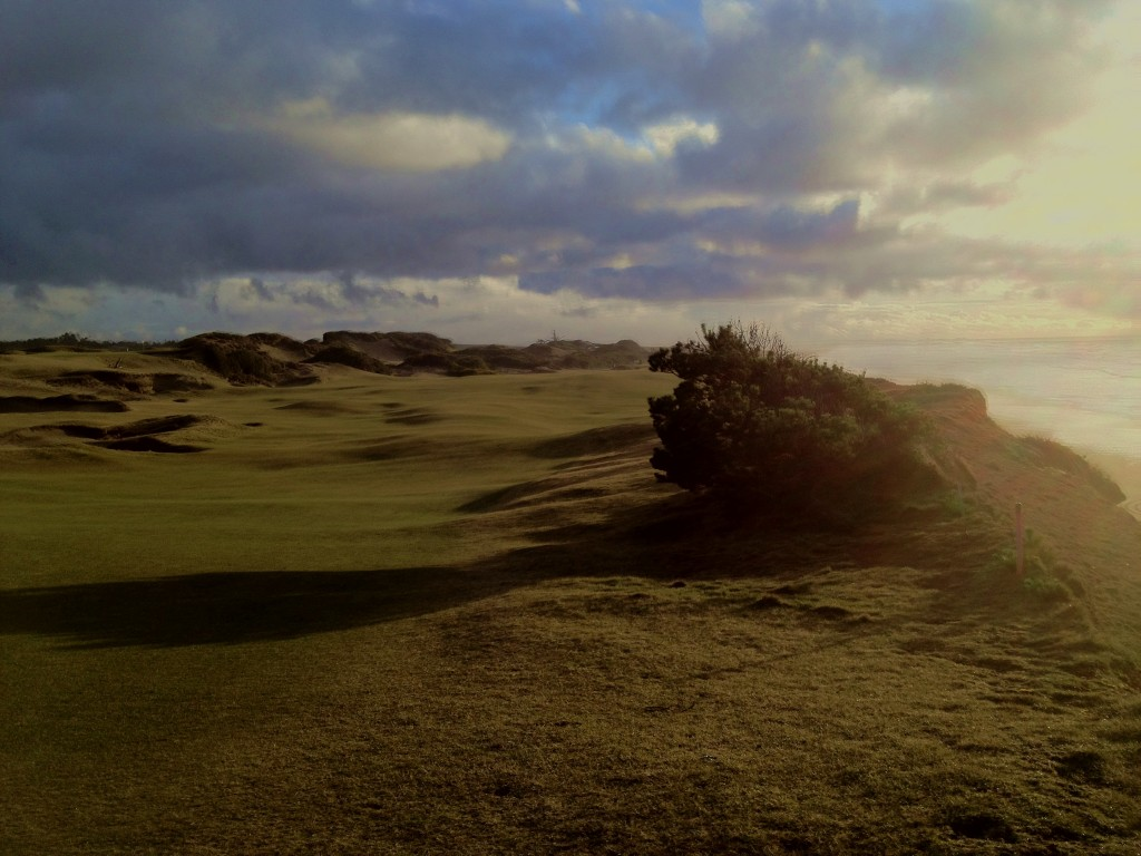 Pacific Dunes 13th hole