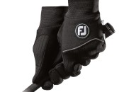 FootJoy's new WeatherSof glove
