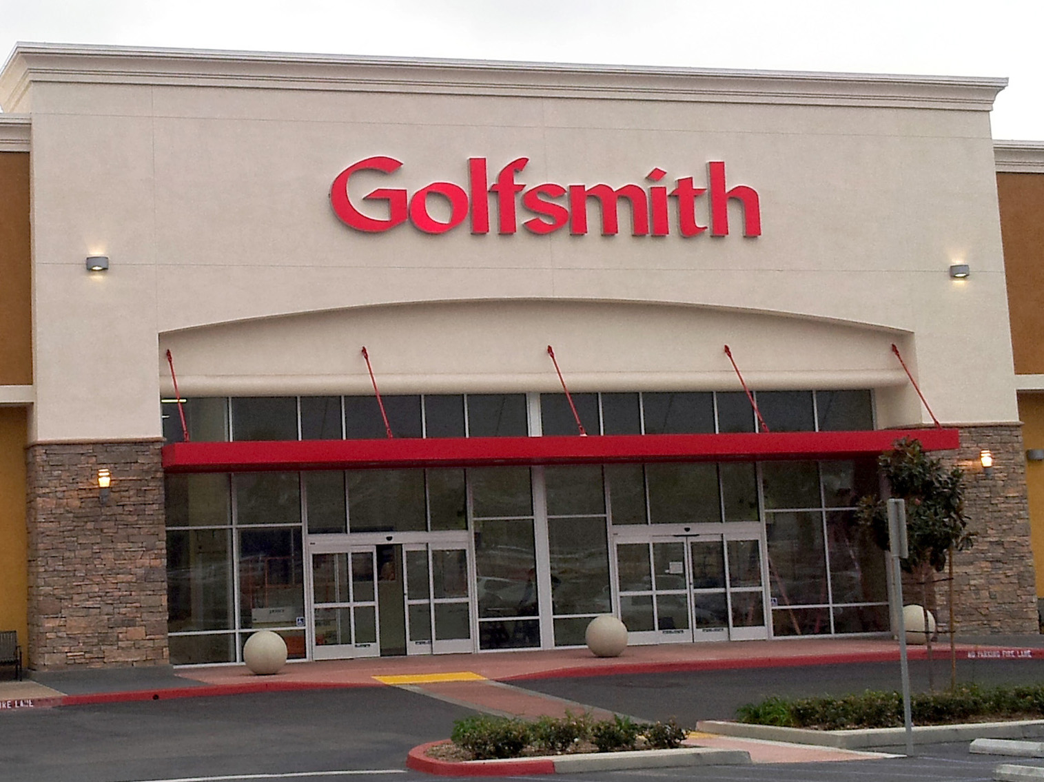 Golfsmith bankruptcy continues golf industry's summer of ... Golfsmith