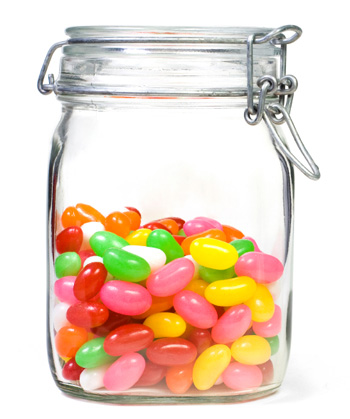 jenness jelly bean study Jenness (1932) conducted one of the earliest experiments examining  he used  an ambiguous situation that involved a glass bottle filled with 811 white beans   the participants in this experiment changed their answers because they.