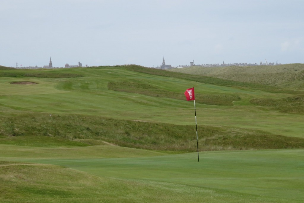 The town of Fraserburgh lies just west of the golf course. Both sit next to the North Sea.
