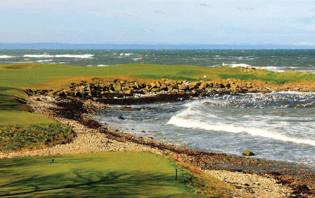 No. 15 at Kingsbarns is a par-three with teeth and beauty.