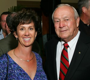 Jane Spicer visits with Arnold Palmer