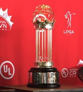 Crown trophy,2933