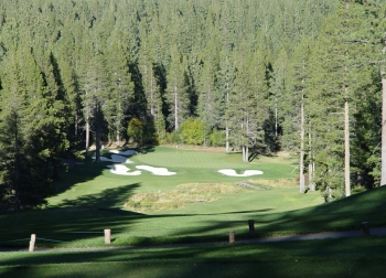 Cloistered by surrounding trees, this Tahoe Donner hole is a most-inviting tee shot.