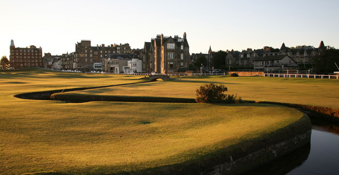St Andrews Old Course 18th © Linksland.com (6)