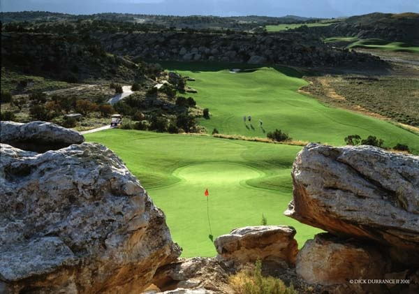 The fifth at Redlands Mesa is just one of many jaw dropping, fantastic holes at this unheralded but wonderful course. (Photo courtesy of the Grand Junction Visitor and Convention Bureau).