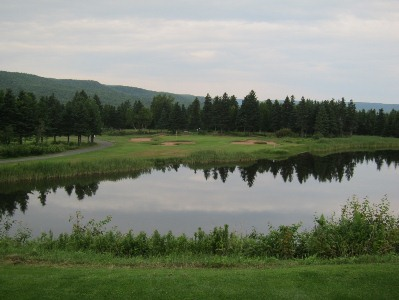 Highland Links features three distinctly different 6-hole stretches, but the common theme is excellent par-3s throughout, like this one.