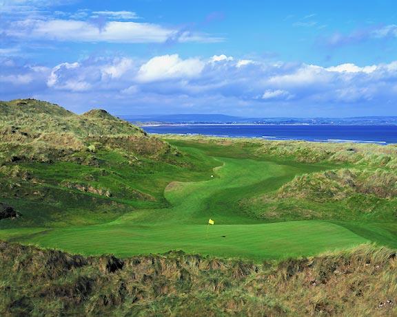 Enniscrone Golf Course, hole 16, photo by John and Jeannine Henebry.
