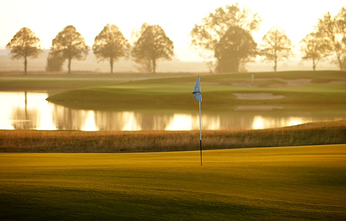Kyle Phillips designed   PGA Sweden National Lakes Course 10th green © Staffan Andersson