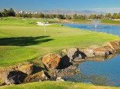 Las Vegas Strip pops up behind hole #9 at Desert Pines GC © Robert Kaufman