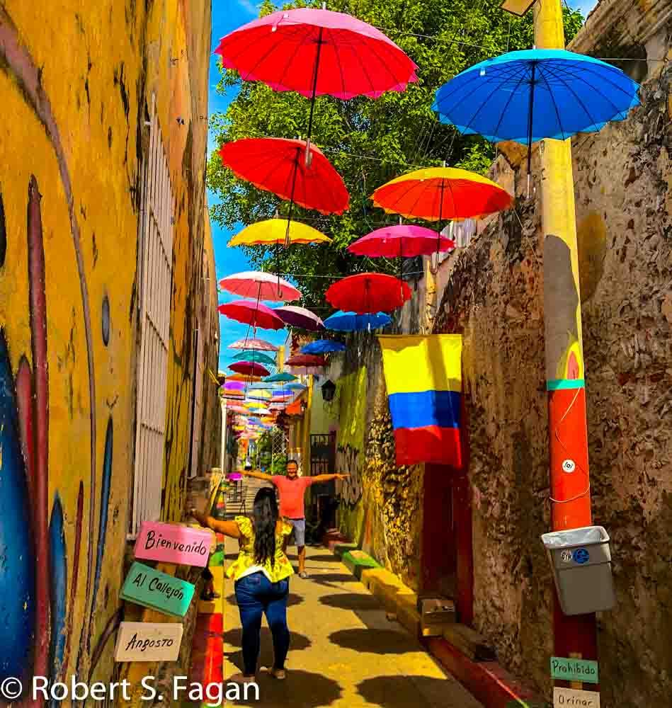 Getsemani Umbrellas