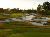 The par-three second boasts exquisite bunkering