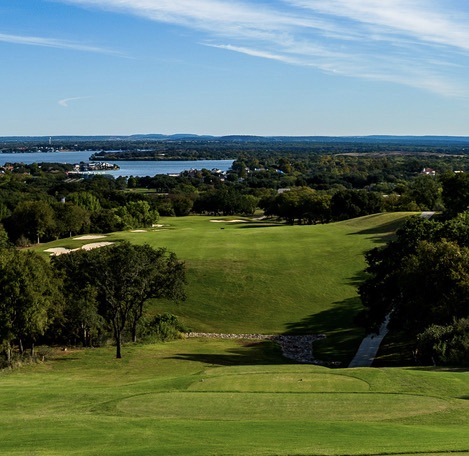Apple Rock's 10th tee offers stunning views