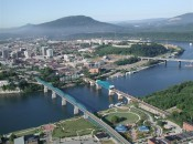 The now lovely city of Chattanooga sits at a dramatic meeting of land (Lookout Mountain) and water (the Tennessee River).