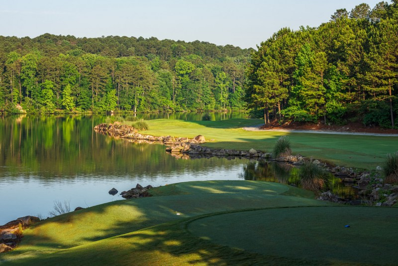 If all you care about are nice lake views, Stone Mountain's Lakemont course will be very pleasing.
