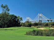 Cupp integrates objects on the horizon into Savannah Harbor's golf experience.