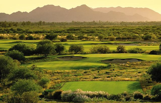 Talking Stick's par-3 7th, a perch of liveliness amid a sea of flat desert.