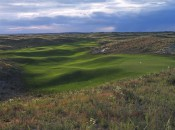 The wonderful short 14th gives you the sense of the bubbling terrain of Ballyneal and the Chop Hills of Holyoke.