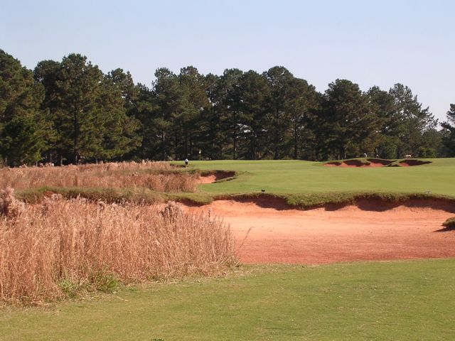 The big, wide 6th puts an exclamation on one of Georgia's best opening stretches of holes.