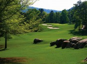 Limestone Springs is set against an old mountain backdrop in a lovely north Alabama valley. Here, the par-4 10th. (photo: limestonsprings.com)