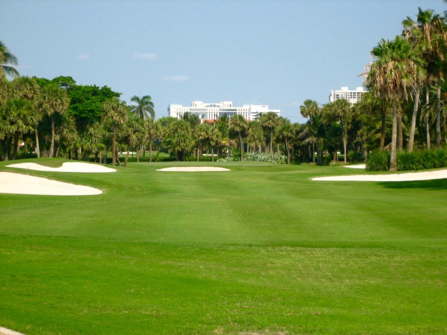 The Breakers Ocean Course is at one with its elite Palm Beach setting.