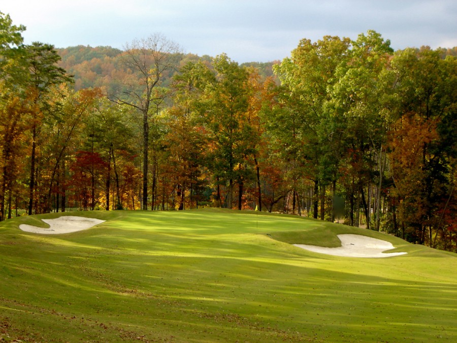 Rees Jones' Legacy Course at Greystone Golf & Country Club sits in a valley between Oak Mountain and Oak Ridge. (photo: reesjones.com)