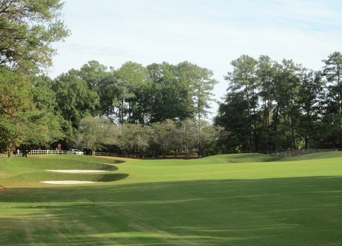 Bill Bergin's dramatic green and bunker work at Hoover Country Club redefines this old George Cobb design.