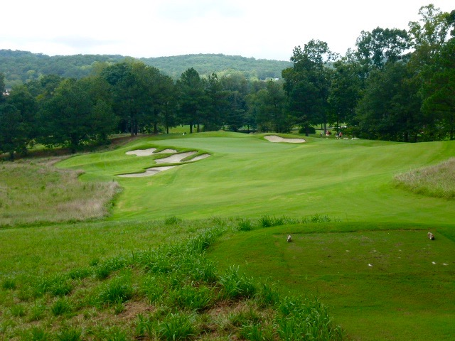 The par-3 8th, coming off the mountain.