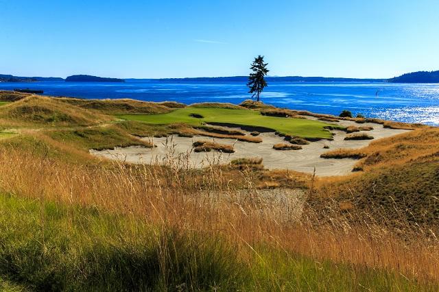 Fifteenth hole, Chambers Bay (Copyright USGA/John Mummert)