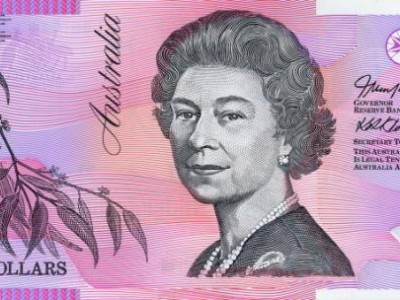 Old Aussie Five Pound note