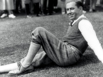 Walter Hagen resting his barking dogs