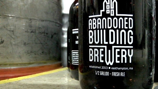 Aband Bldg growler
