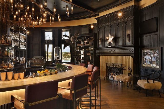 The 1608 bar at the Fairmont Le Chateau Frontenac