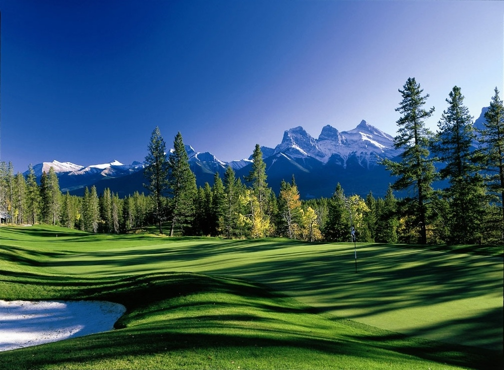 The 7th hole at Silvertip.