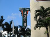 Joe's_Stone_Crabs_Sign