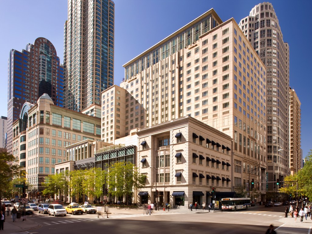 world class lodgings midwest charm at chicago s peninsula