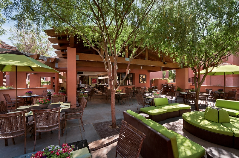 Zona Hotel And Suites Scottsdale