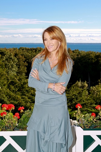 Jane_Seymour_0910-1678