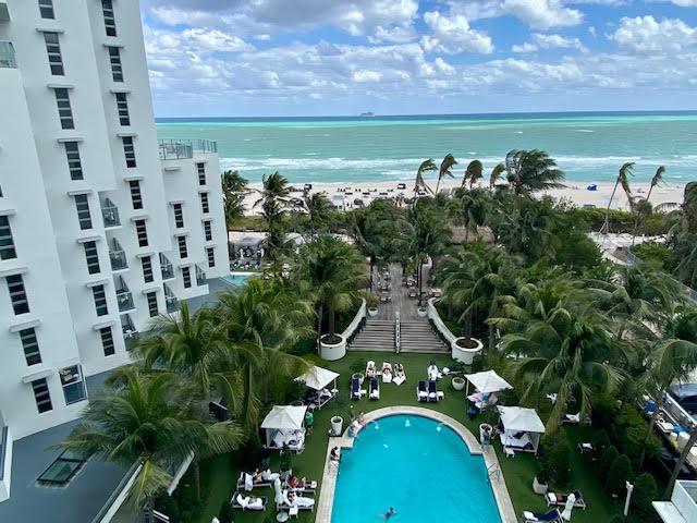 Cadillac Beach Hotel and Beach Club