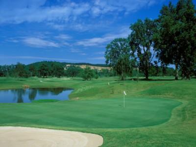 The 18th hole at Rebsamen GC