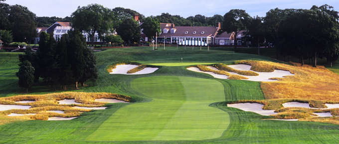 Restored to its former glory by Rees Jones the 18th at Bethpage Black © Rees Jones Golf Course Design